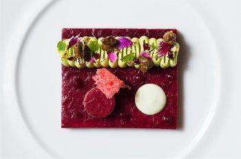 Art meet food. #boutiquehotel #Paris #lemonpie #theartofplating #food