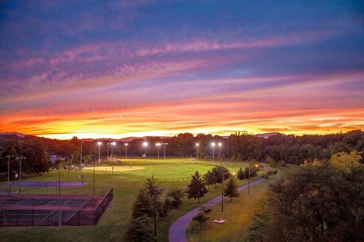 Wasena Park at sunset.   Roanoke, Virginia - Where I Grew ...