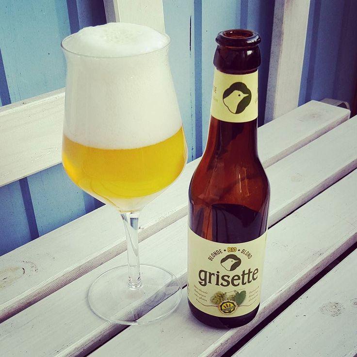 Grisette Blonde glutenfreies Bier von St. Feuillien  #craftbeer #craftbier #kiel #stfeuillien #belgium #belgien #belgique #blonde #glutenfrei #beerporn #instabeer #beerstagram #craftbeerlife #craftbeerporn #drinkcraft #beer #cheers #bier #prost