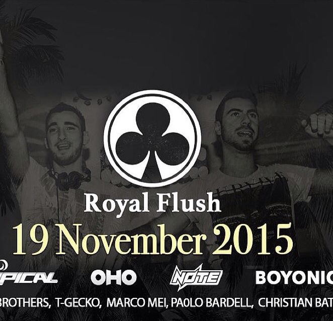 Very happy to play for the first time @halfmoonfestivalofficial #kohphangan, Thailand • Thursday 19 November 2015