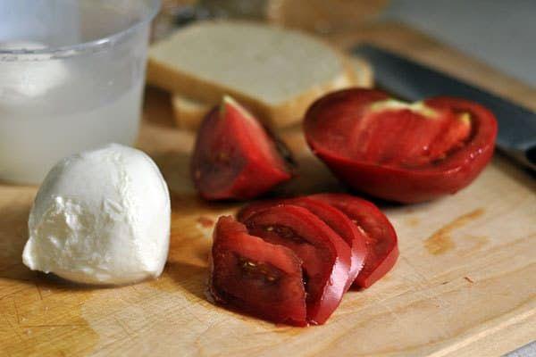 Tomato Mozzarella on Pinterest | Tomato Mozzarella Salad, Mozzarella ...