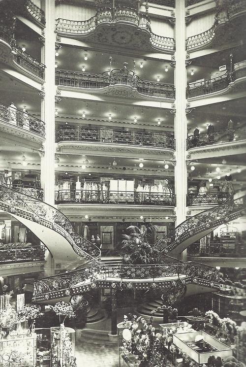 Les magasins du Printemps, Paris, 1924