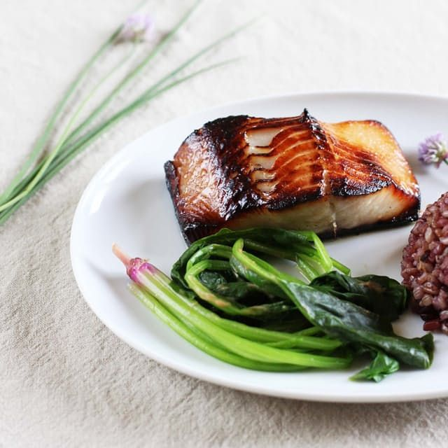 Подробный рецепт приготовления блюда - треска в глазури из мисо.