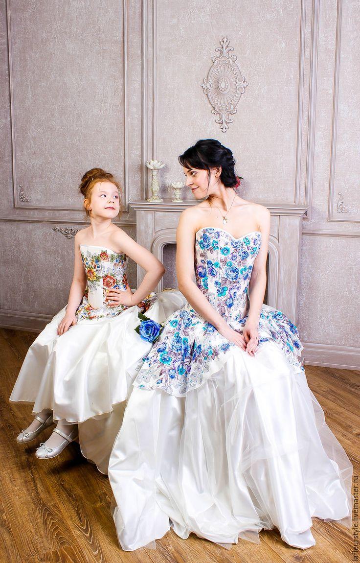 Купить Свадебное платье из шелкового Павловопосадского платка Первое свидание - свадьба, свадебное платье