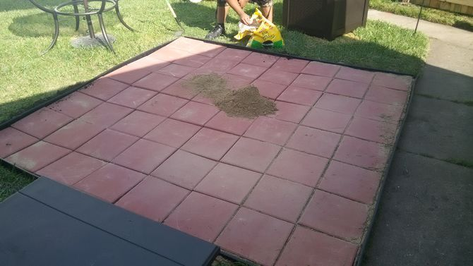 Install patio pavers patio and pictures for Best way to lay out a garden