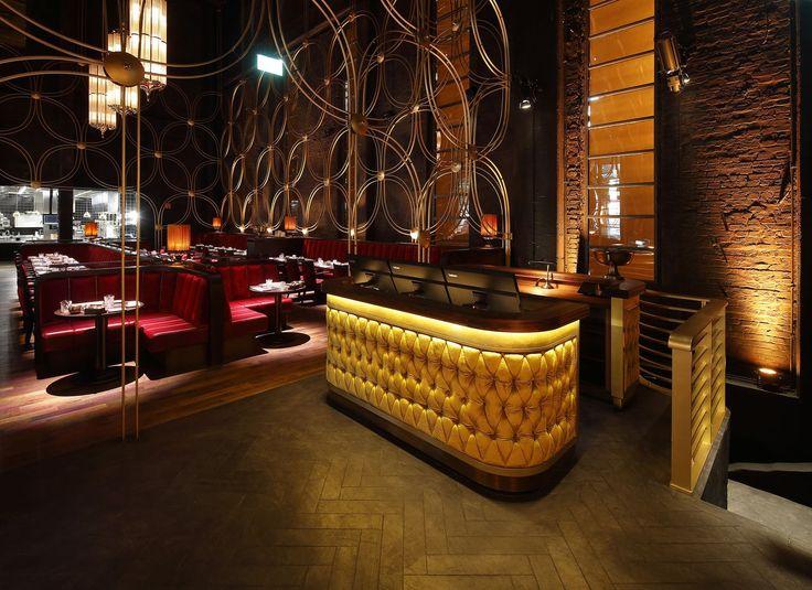 """#Objekteinrichtung #Restaurant & Bar HOHOFFS 800° """"The Golden Cage"""" 'Restauranteinrichtung. www.schnieder.com"""