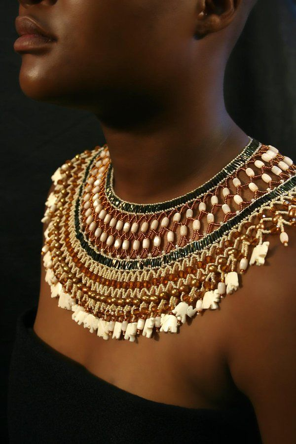 THIS BEADIFUL WORLD..., dulceyheller: Gorgeous collar!