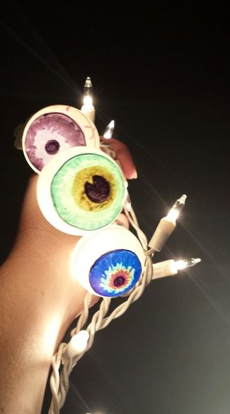 halloween diy eyeball lights using ping pong balls - Halloween Ping Pong Balls