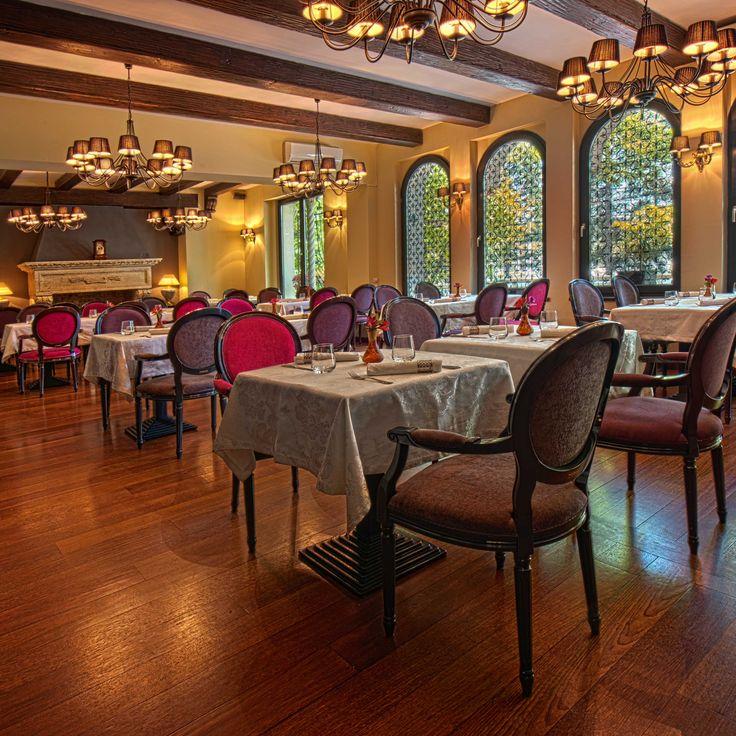 Cezanne by Cezar Bucuresti - Cézanne – glamour de la cuisine by Cezar este o oază de istorie și frumos, artă culinară și tihnă, în mijlocul unei zone vibrante. Restaurantul este situat într-o casă…