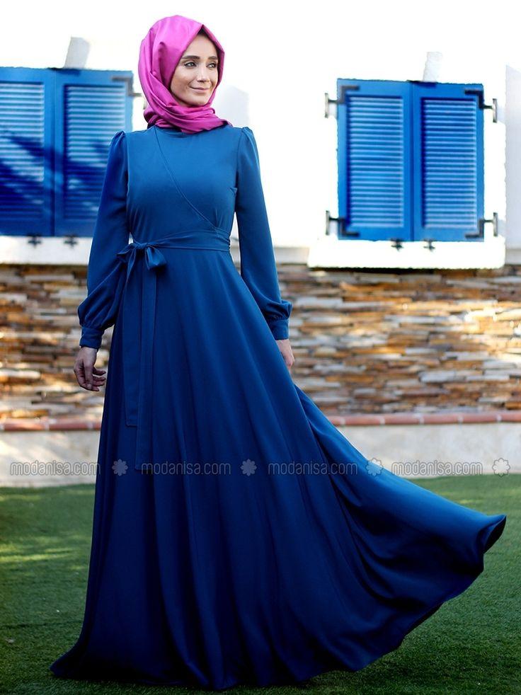 Anvelop yeni sezon tesettür mavi sade abiye elbise modelleri uzun kollu belden bağcıklı tesettür giyim elbise modelleri Enmodelleri