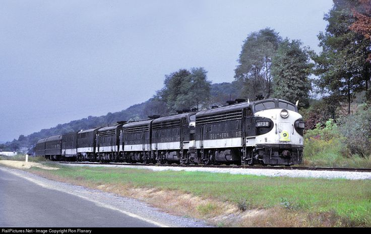 RailPictures.Net Photo: SOU 6138 Southern Railway EMD FP7 at Yuma, Virginia by Ron Flanary