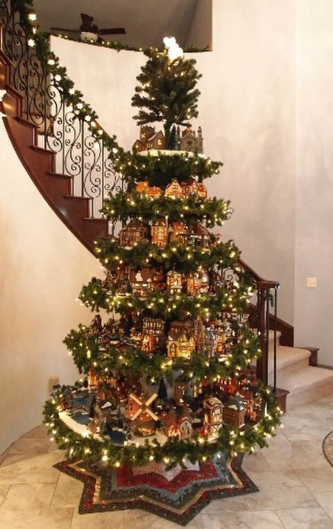 Christmas-tree-under-staircase