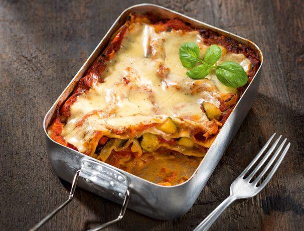 """Vegan to go""-Rezept: Gemüselasagne mit Mandelcreme"
