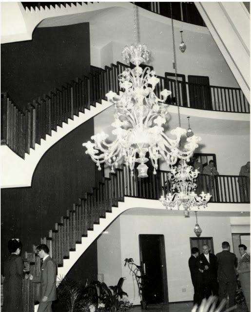 Ricambi per lampadari in vetro di Murano: Lampadari d'epoca restaurati