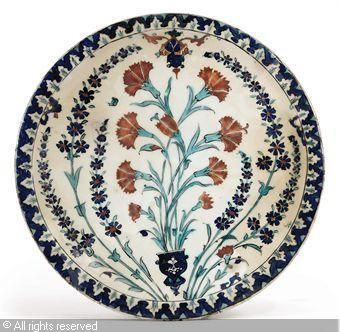 IZNIK CERAMIC, 16 > (Turkey) Title : DISH Date : ca 1590 DISH sold by Christie's, London, on Tuesday, October 05, 2010
