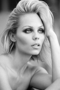 Bitten's Laura Vandervoort Shares Her Beauty And Fitness Secrets