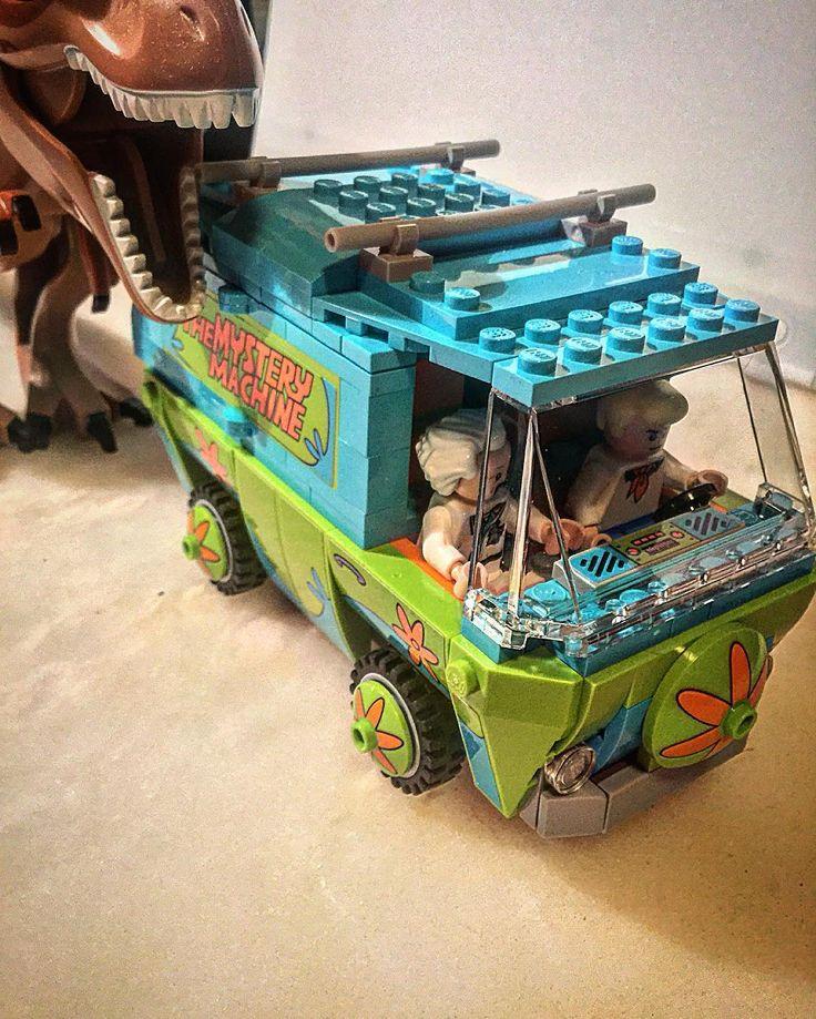 Must go faster! #afol #afolkingdom #lego #legos #legostagram #legominifigures #legobacktothefuture #legoscoobydoo #backtothefuture #legojurassicworld #jurassicpark #jurassicworld #scoobydoo #docbrown #dinosaur #legophotography #mysterymachine by afolkingdom