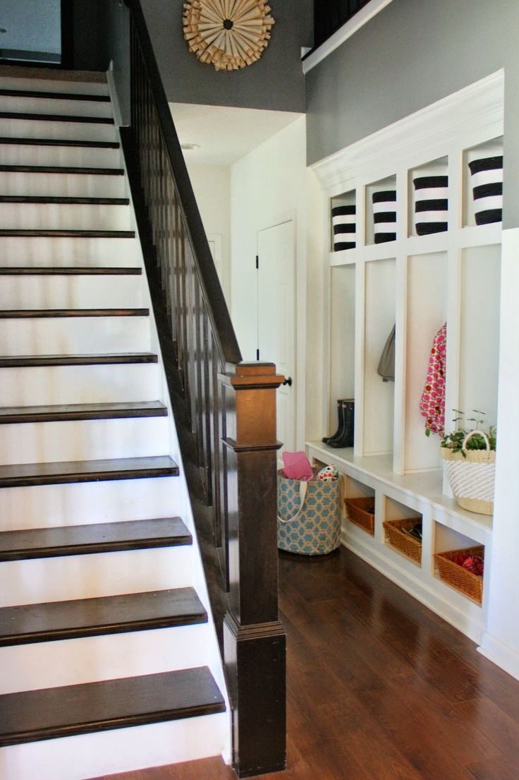 Great entry space with locker-style cubbies and beautiful stairs!