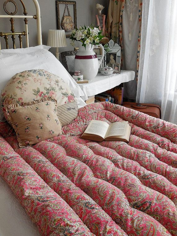 Beautiful Vintage French Feather Eiderdown Quilt By