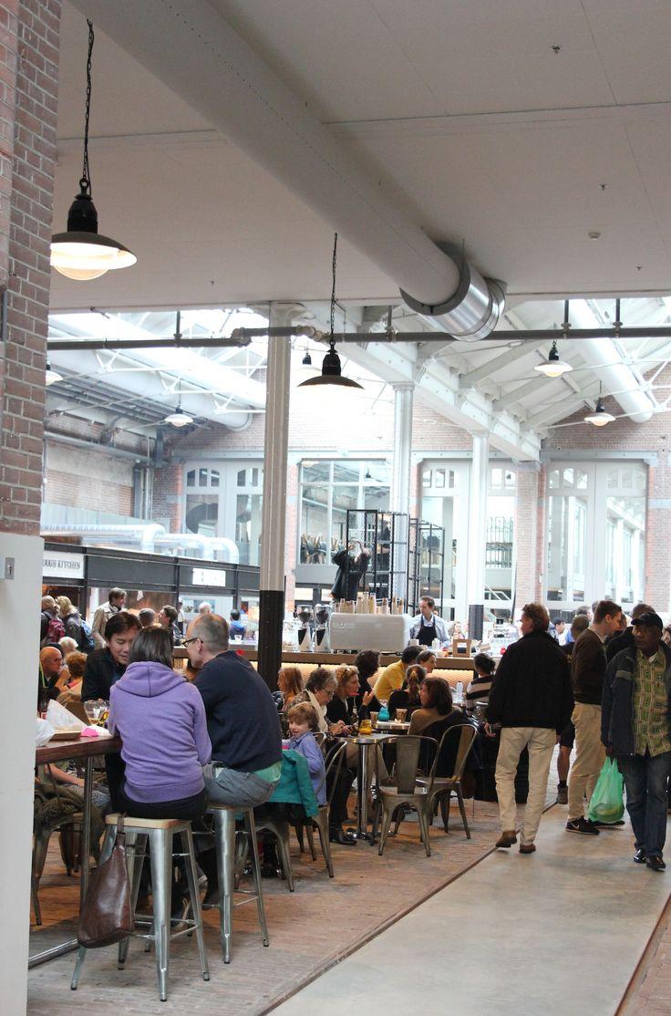 De Foodhallen Amsterdam http://www.enjoythegoodlife.nl/de-foodhallen-amsterdam/