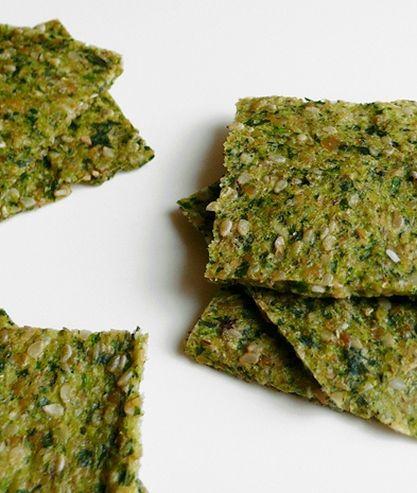 Zeleninové krekry - cuketa a rukola rozmixovaná s lněnými a sezamovými semínky…