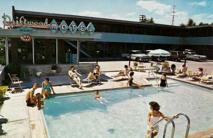 You're poolside sixty years ago at the Driftwood Motel