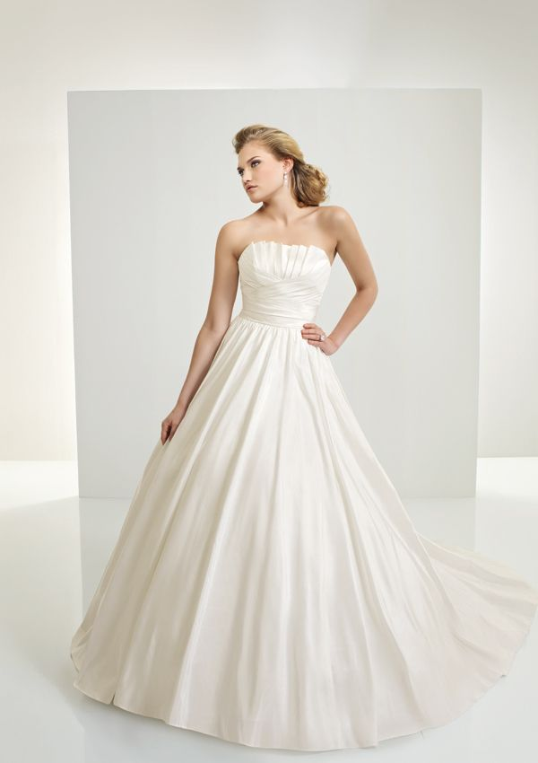 S Crumb Catcher Formal Designer Dress