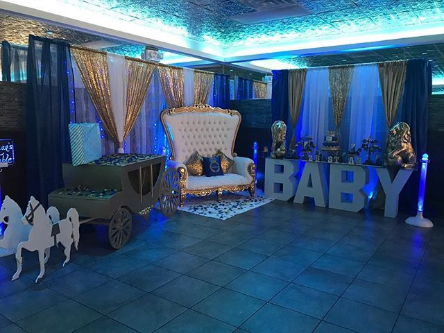 """""""Royal Prince Baby Shower setup at @crescent_moon3360 done by DesignsbyJavy!!!!hanks🔥🔥🔥 #weddingdecor #weddingdecoration #weddingplanner #eventplanner #eventos #partyplanner #babyshower #partydecorations #thronechair #eventchair #eventdecor #hooedchairs #florist #photoshoots #quinceanera #bridalshower  #celebritystyle  #cake #caketable #luxehair #backdrop #backdropdesign #nycevents #nycvenue #eventprofs #smpweddings  #weddingwire"""" by @designsbyjavy (designsbyjavy). • • What do you think…"""