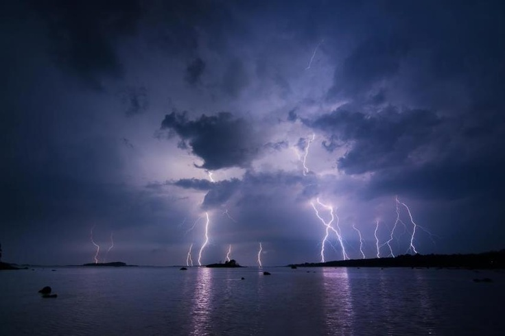 Great shot of recent thunderstorm near the city of Hangö. Photo by Peter Lundqvist.