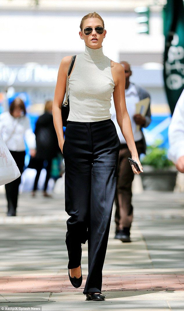 Karlie Kloss steps out post-workout before change to smart outfit #dailymail