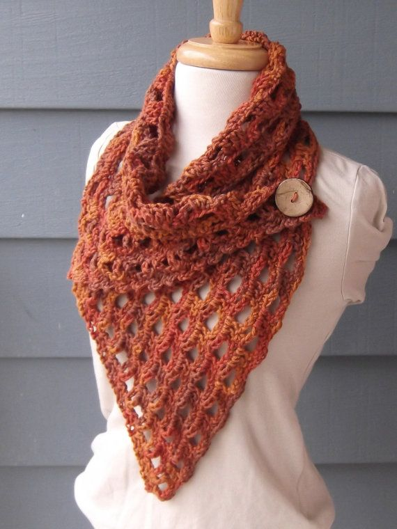 Make This Yourself - Crochet PATTERN - Instant PDF Download - IZZY Cowl with Large Button