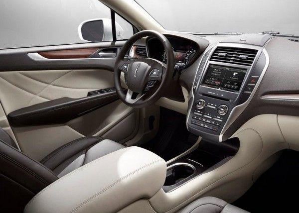 2015 Lincoln MKC Luxury Dashboard 600x428 2015 Lincoln MKC Full Reviews
