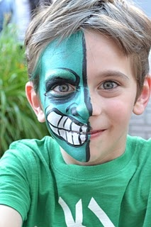 face painting!: Face Painting Radical, Two Faces, Face Paintings, Theatre Face Painting Frenzy, Facepainting Inspiration, Painted Faces, Face Body Painting, Face Painting Halloween Kids, Hulk Face Painting