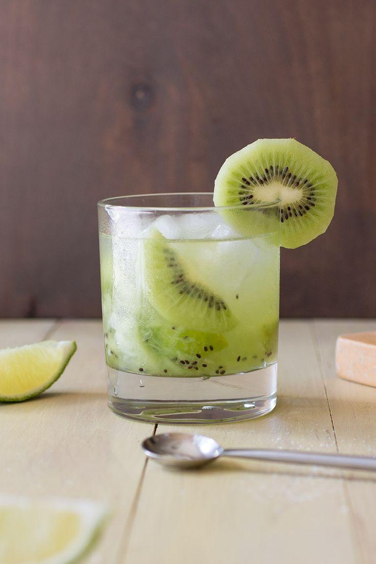 Kiwi Caipirinha - Recipe