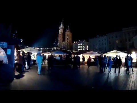 PERSONE STRANE E TOTO-PIEROGI [Cracovia, vlog 31 dicembre 2015] - YouTube