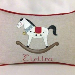 Cuscino bambino cavallo a dondolo
