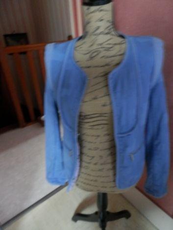 Je viens de mettre en vente cet article  : Blazer, veste tailleur Kookai 40,00 € http://www.videdressing.com/blazers-vestes-tailleurs/kookai/p-6014575.html?utm_source=pinterest&utm_medium=pinterest_share&utm_campaign=FR_Femme_V%C3%AAtements_Manteaux+%26+Vestes_6014575_pinterest_share