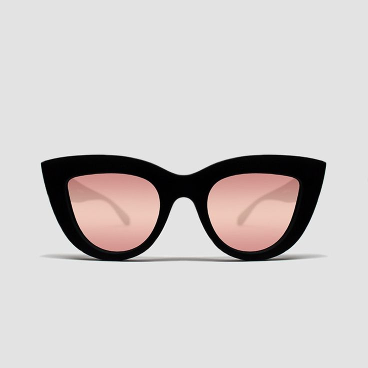 Quay Sunglasses - Kitti Sunglasses - Black + Pink
