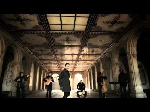 Prince Royce - Las Cosas Pequeñas [Music Video]