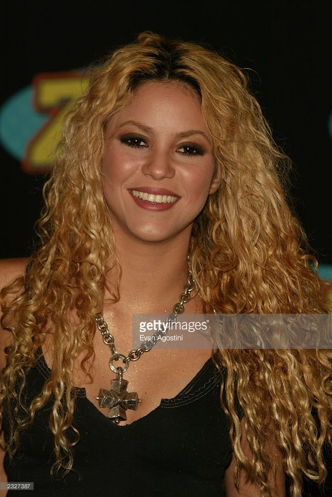 Shakira at Z100's Zootopia summer concert event at Giants Stadium in East Rutherford, New Jersey. June 2, 2002. Photo: Evan Agostini/ImageDirect