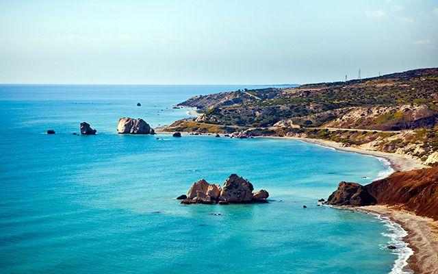 yes it's true in #Cyprus you can still swim🌞🌡️30°C in #Paphos Download FREE iOS app https://itunes.apple.com/gr/app/travelgems/id1236117695?mt=8 or visit www.travelgems.com and discover more #travelgems #tgif #weekend #wheretonext #cyprus2017 #beachlife #fbf #travelideas #cypruslife #beatvacation #autumn #travelgemscom