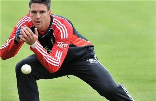 England Cricketer Kevin Pietersen Takes Catch During Net Practice