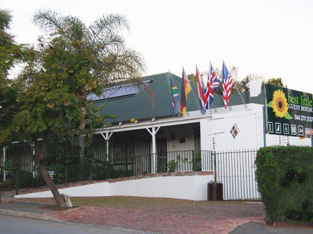 Best Little Guest House - Best Little Guest House is a unique bed and breakfast situated in South Africa's picturesque and historic town of Oudtshoorn in the Klein Karoo.It has been specifically designed to cater for the needs ... #weekendgetaways #oudtshoorn #kleinkarookannaland #southafrica