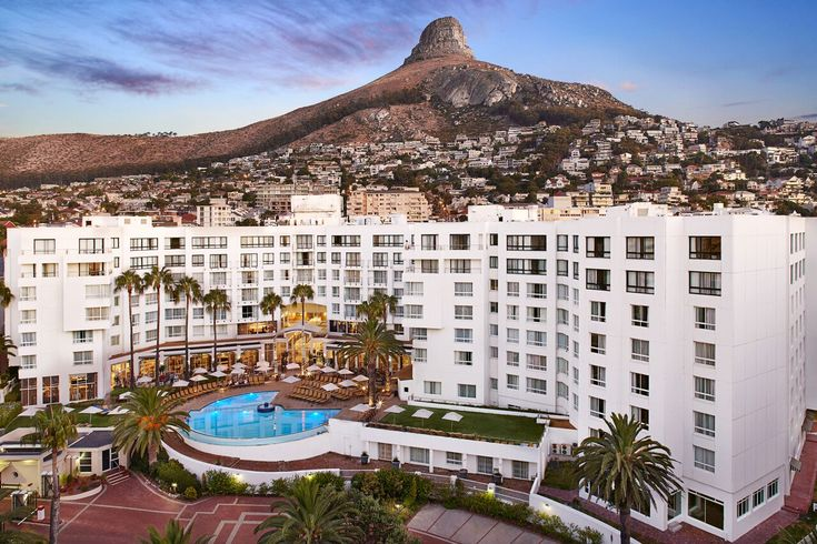 Why is this hotel in Bantry Bay handing out free smartphones to its guests? Unlimited data. Unlimited international calls. This isn't a joke, and there is no catch. In fact, The President Hotel in Bantry Bay are leading a revolution https://www.thesouthafrican.com/why-is-the-president-hotel-in-bantry-bay-handing-out-free-smartphones/