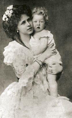 Princesse Marie de Roumanie (1875-1938) et son fils Carol (1893-1953)