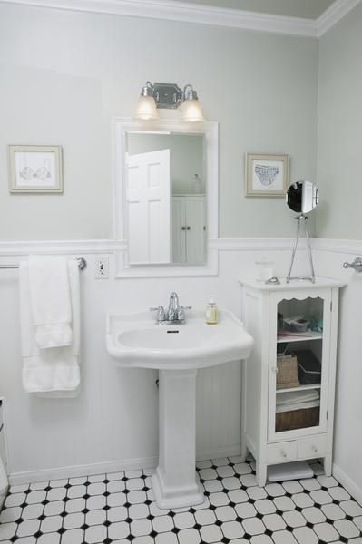 How to remodel a 1920s bungalow bathroom for 1920s bathroom designs
