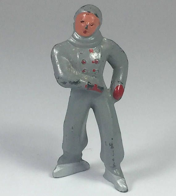 Barclay Lead Christmas Putz Figures Male Ice Speed  Skater