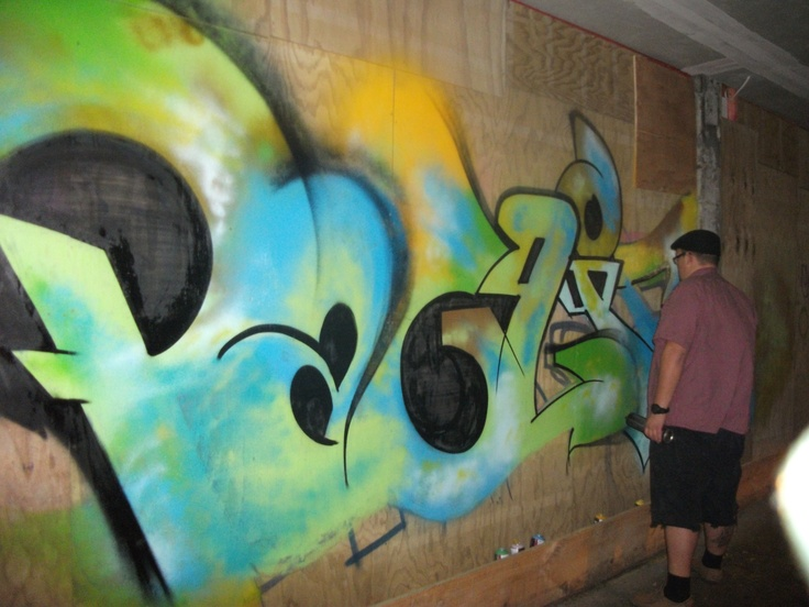 On location in Wellingotn August 2011 to see comedian Dylan Moran, ran into NZ legend Graffiti Artist Big Pauly got to see some live street art #greatwalker