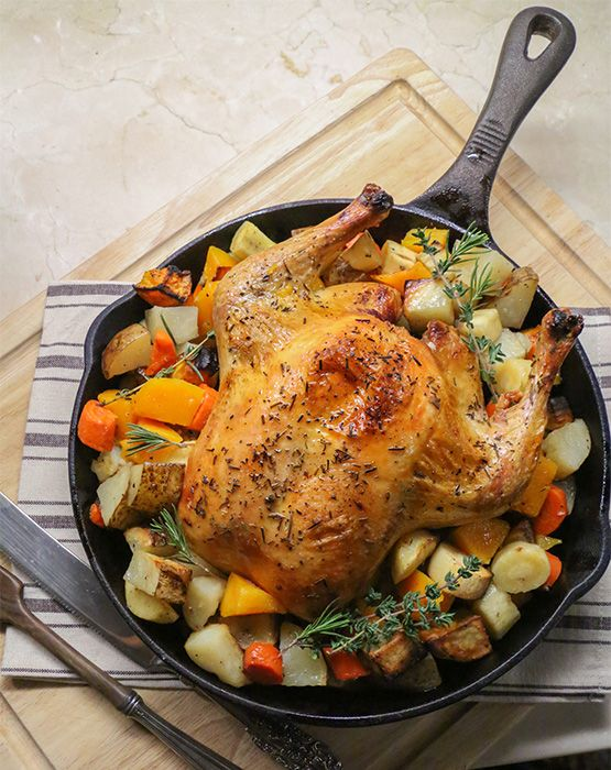 Whole roasted chicken with winter root vegetables: delicious one-pan dinner