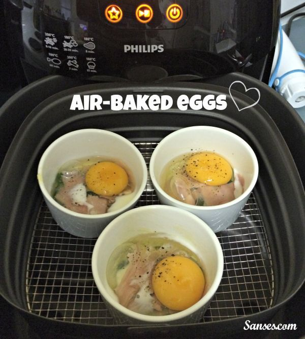 Air-baked Eggs Print Prep time 15 mins Cook time 15 mins Total time 30 mins Baked eggs - using the Airfryer! Author: Sandra of Sanses.com Recipe type: Breakfast Serves: 4 Ingredients 500g of baby spinach 200g of leg ham, sliced 4 large eggs 1 tbsp of Olive oil 4 tsp of full cream... Read more »